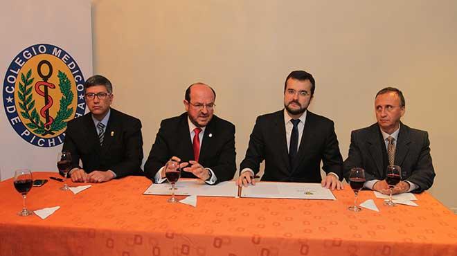 V�ctor �lvarez, Santiago Carrasco, Juan Pablo Nu�ez y Carlos C�rdenas
