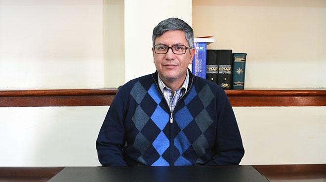 V�ctor �lvarez, presidente electo del CMP.