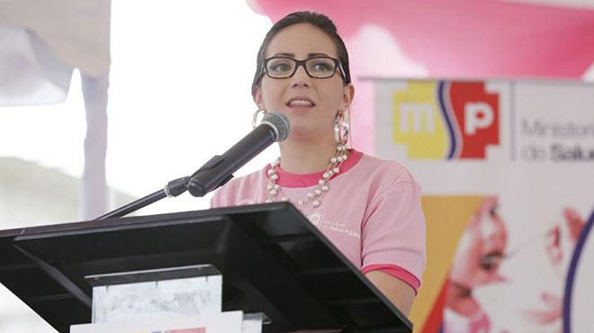 Ver�nica Espinosa, ministra de Salud.