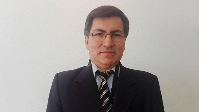 V�ctor Hugo Esp�n, m�dico genetista del HCAM.
