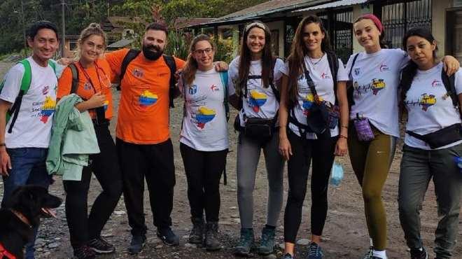 Voluntarios de AISE.
