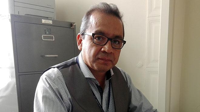 William Cevallos, docente investigador del Instituto de Biomedicina de la UCE.