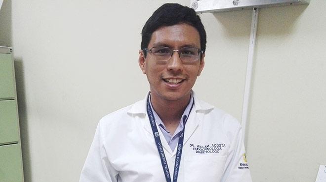 William Acosta, líder del servicio de Endocrinología del HEEE