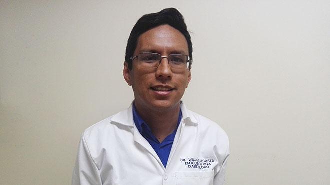 William Acosta, docente de Endocrinolog�a de la UCE.