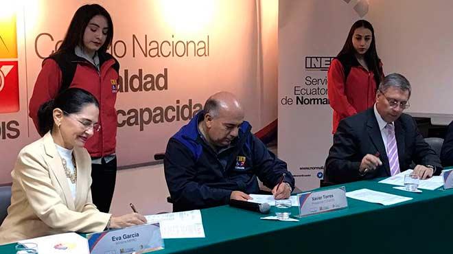 Eva García, Xavier Torres y César Díaz