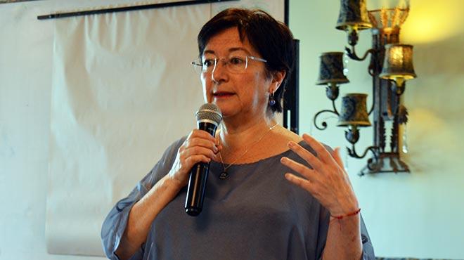 Virginia G�mez de la Torre, representante de la Coalici�n Nacional de Mujeres del Ecuador.