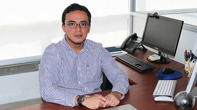 Andr�s L�pez, investigador de la UTE.