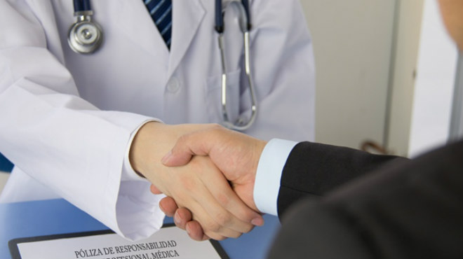 Seis compa��as de seguros han ofrecido el ramo de responsabilidad civil profesional sanitario en alg�n momento.