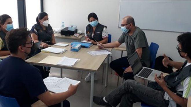 Reuni�n de funcionarios del Hospital General Manta.