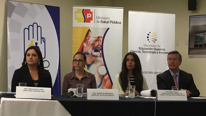 Geovanna Le�n, Ver�nica Espinosa, Rina Pazos, Fernando Semp�rtegui.
