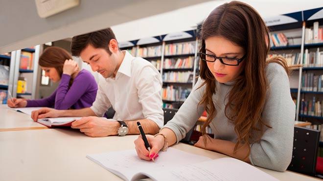 Fundaci�n Carolina ofrece m�s de 700 becas de postgrado.