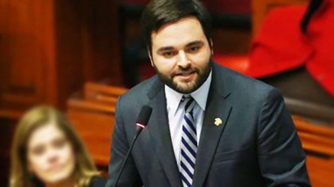Congresista Alberto Belaunde.