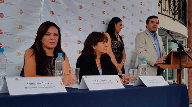 Ledy Zúñiga, Bernarda Salas y Fernando Cornejo.