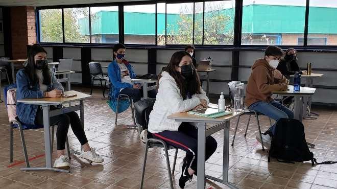 Este 7 de junio varias unidades educativas iniciaron clases presenciales voluntarias.