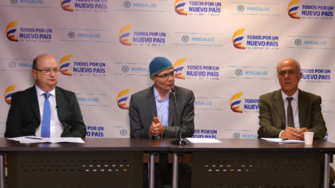 Fernando Correa, Alejandro Gaviria y Mario Ram�rez.