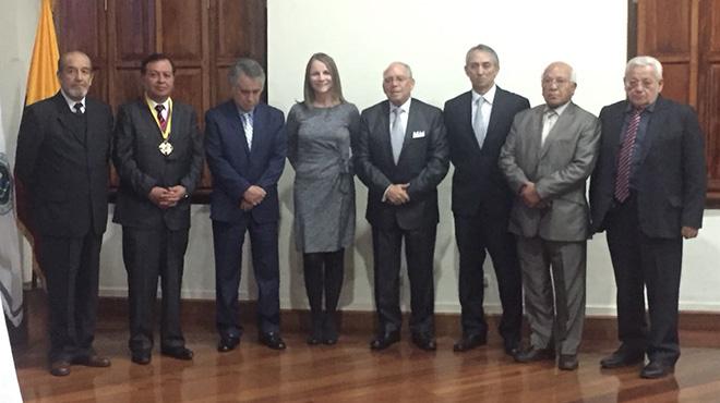 Roberto Proaño, Andres Calle, Wellington  Aguirre, Michelle Grunauer, Reinaldo Paez, Hugo Romo,  Ignacio Carrera, Gustavo Ayala.