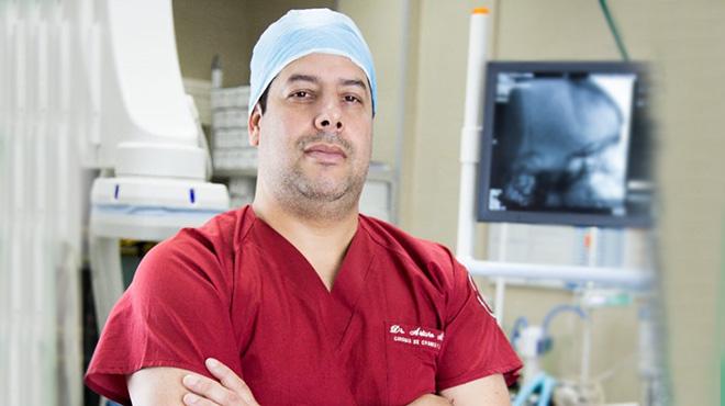 Jos� �lvarez, jefe Unidad T�cnica de Neurocirug�a del HTMC.