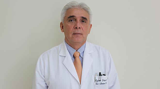 Francisco Eguez director técnico del hospital Alfredo Paulson.