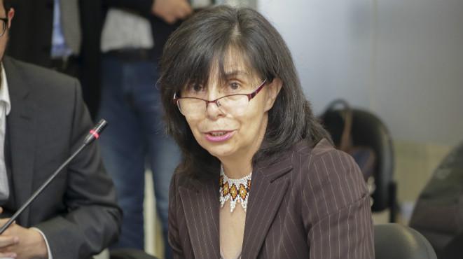 Gina Benavides, Defensora de Pueblo.
