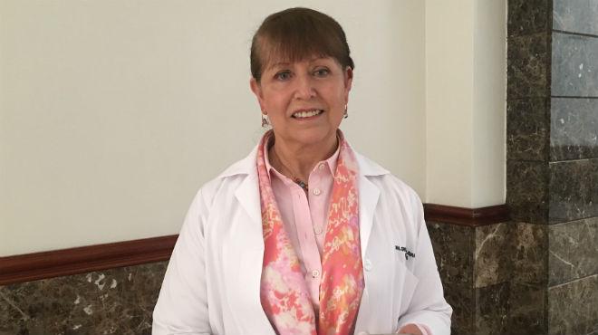 Grimaneza Navarrete, onc�loga de SOLCA.