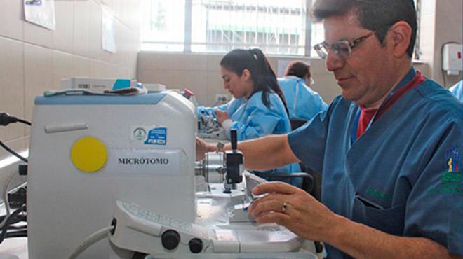 El laboratorio cuenta con �reas de Citolog�a e Histolog�a.