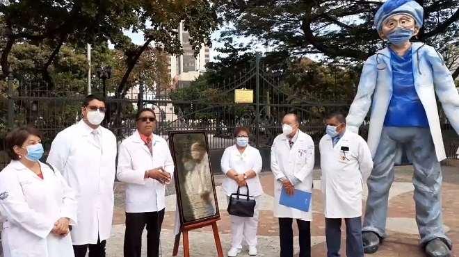 Representantes del Frente de Gremios de Profesionales de salud del Guayas.