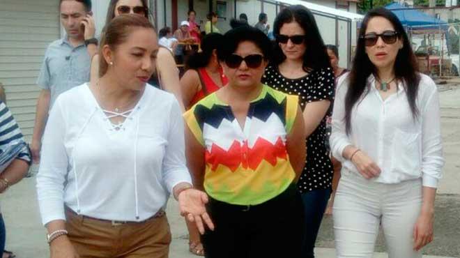 Juanita Molina, Carmina Pinargote y Luisa González.