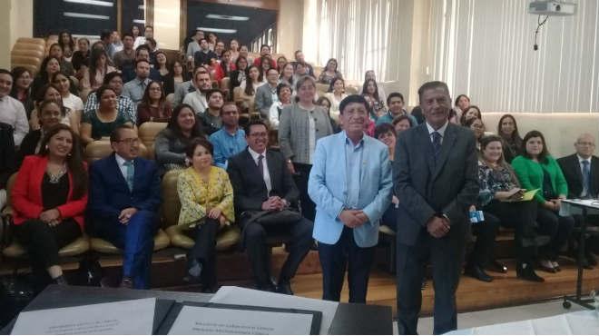 Maestrantes de la UTA.