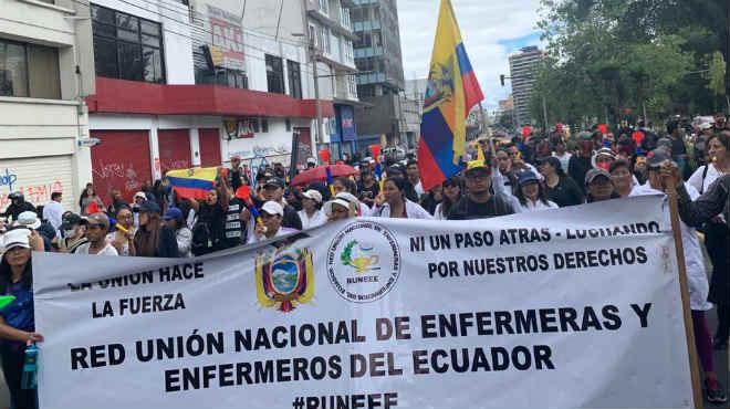M�dicos, enfermeras, salubristas, entre otros, se unieron de manera pac�fica a las manifestaciones realizadas en Quito.