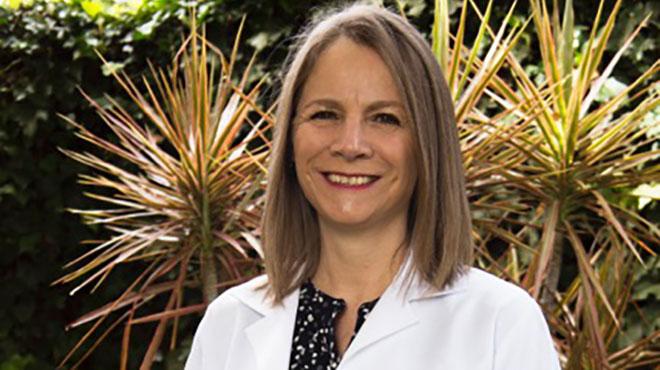 Michelle Grunauer, Directora Tratante y Acad�mica de la Unidad de Cuidados Intensivos Pedi�tricos del Hospital de los Valles.