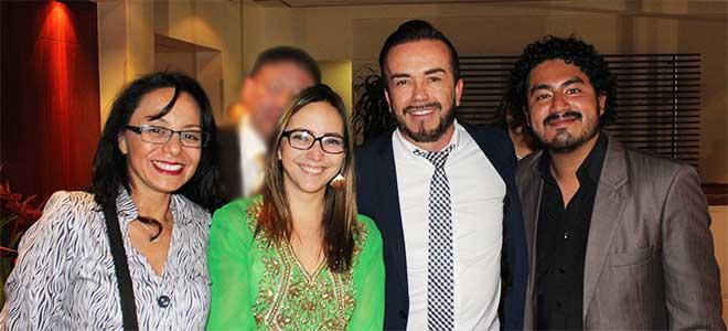 Cristina Coello, periodista de Redacci�n M�dica Ecuador, Ver�nica Espinosa, ministra de Salud, Jos� Mej�a, coordinador de Redacci�n M�dica Ecuador, y Jonathan Veletanga, periodista de Redacci�n M�dica Ecuador.