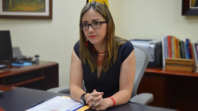 Verónica Espinosa, ministra de Salud.