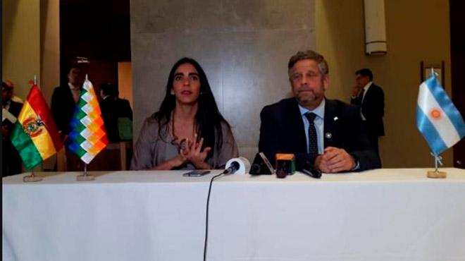 Gabriela Monta�o y Adolfo Rubinstein.