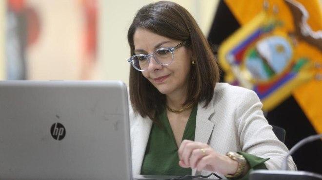 Ximena Garz�n, ministra de Salud.