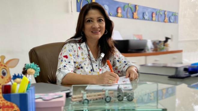 Ivonne Proa�o, pediatra.