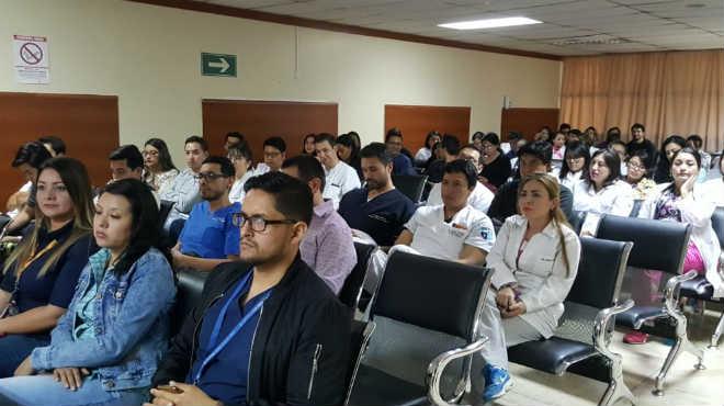 En Quito se llev� a cabo la primera asamblea hospitalaria de m�dicos posgradistas.