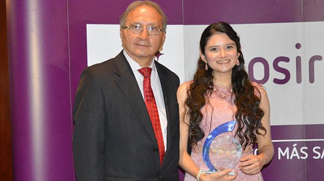 Jaime Burbano, presidente de la Sociedad Ecuatoriana de Farmacolog�a, y Andrea Laso, investigadora.