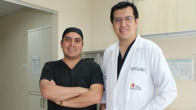 Michael Quisilema y Marco Y�nez, especialistas del HPAS.