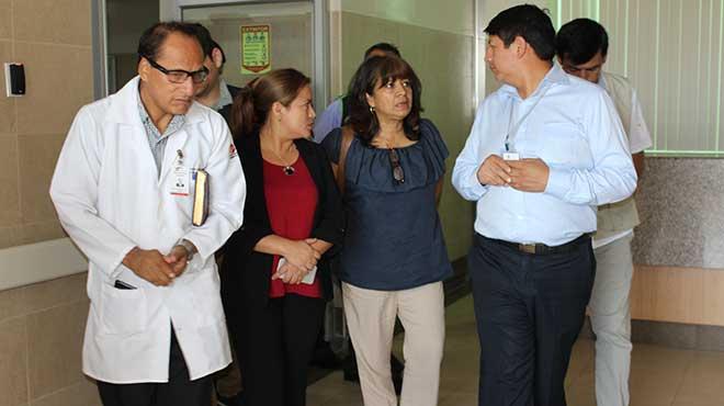 Recorrido en hospital de Nueva Loja.