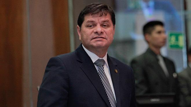 William Garz�n, presidente de la Comisi�n de Salud.